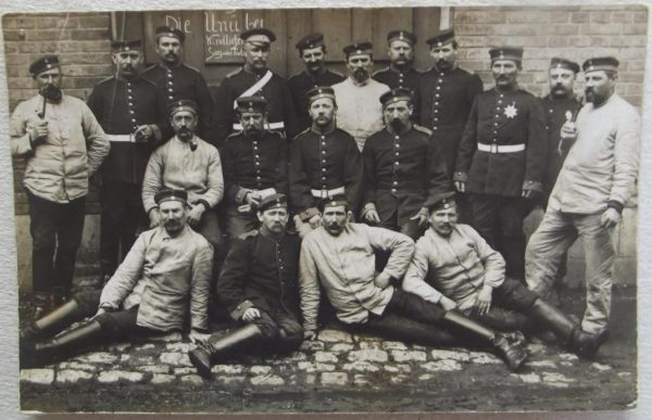 18 German soldiers with NCO