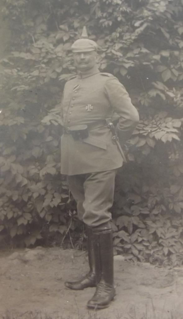 German Officer  Service Uniform